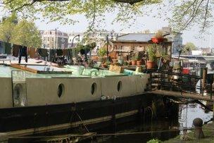 Amsterdam_Houseboat