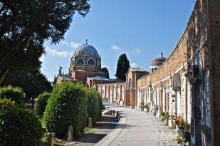 San_Michele_Cemetery_Island