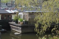 Willow_Houseboat